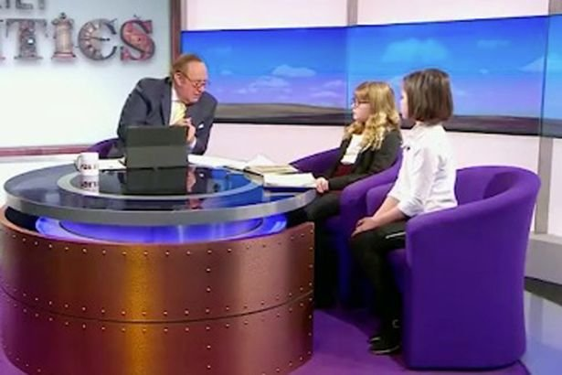 Nhà báo Andrew Neil và hai khách mời nhí sắc sảo - Ảnh: BBC