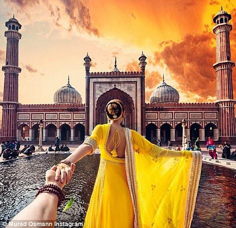 Ảnh chụp tại Jama Masjid - nhà thờ Hồi giáo lớn nhất Ấn Độ