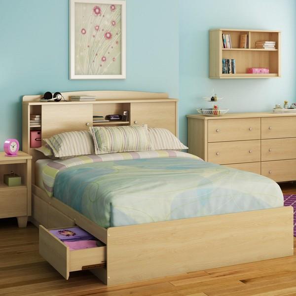 Những chiếc giường, bàn hay ghế vói ngăn kéo chính là một lựa chọn thông minh cho một không gian sống khiêm tốn.