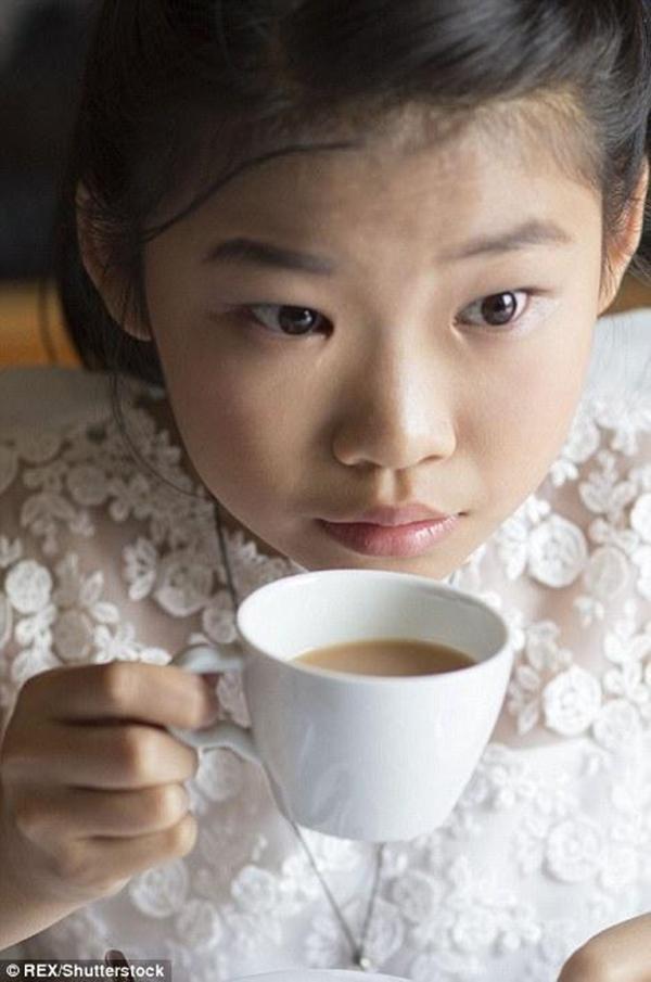 Chỉ là uống ly trà chiều thôi mà cũng lắm nghi thức thật đấy!