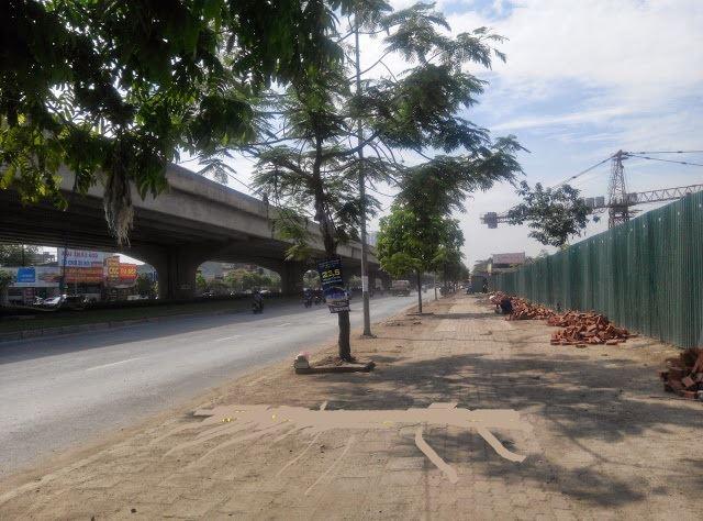 Khu chung cư nhìn từ mặt đường Nguyễn Xiền