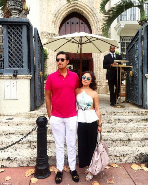 Richard Muljadi, con trai người phụ nữ giàu có nhất Indonesia và bạn gái đi chơi ở thành phố Miami.