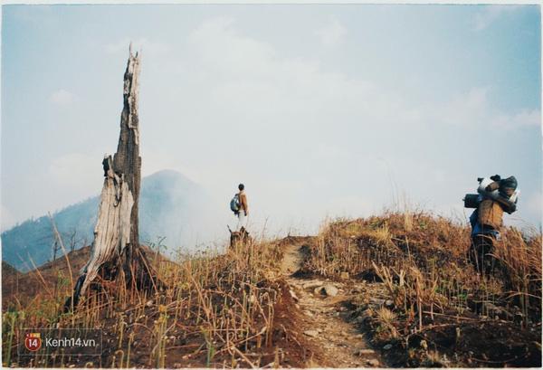 Quang cảnh lúc leo lên Lảo Thẩn.