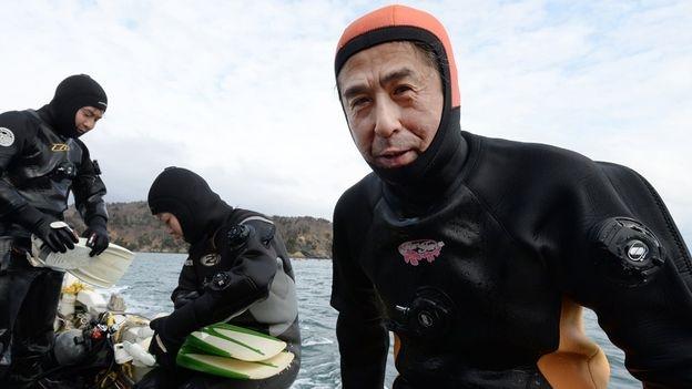 Yasuo phải mất nhiều tháng tập luyện để được cấp giấy phép lặn (Ảnh: Getty Images)