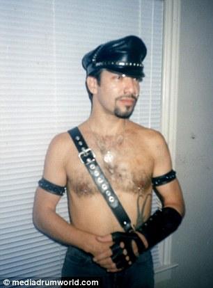 Khoảng thời gian trước khi chuyển giới của Richard Hernandez.