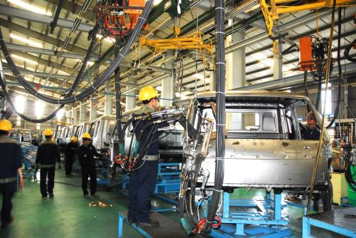 Doanh nghiệp sản xuất các dòng xe ưu tiên được hỗ trợ hoạt động xúc tiến thương mại theo quy định của Chương trình Xúc tiến thương mại quốc gia. Ảnh: TTXVN
