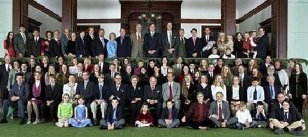 Rockefeller được mệnh danh là gia tộc giàu có và quyền lực nhất thế giới.