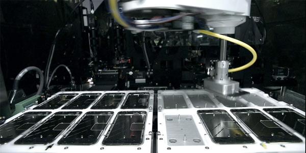 Dây chuyền sản xuất iPhone tại Trung Quốc vượt trôi hơn rất nhiều so với tại Mỹ.