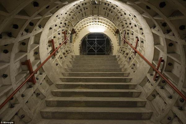 Tổ hợp 1,300 đường hầm nằm sâu 30m dưới lòng đất.