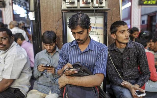 Miễn phí truy cập Internet chính thức trở thành giấc mơ không có thật tại Ấn Độ.