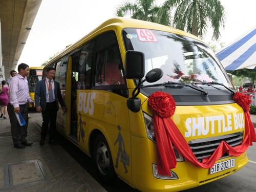 Xe buýt 5 sao từ Tân Sơn Nhất đến các khách sạn trung tâm TP.HCM