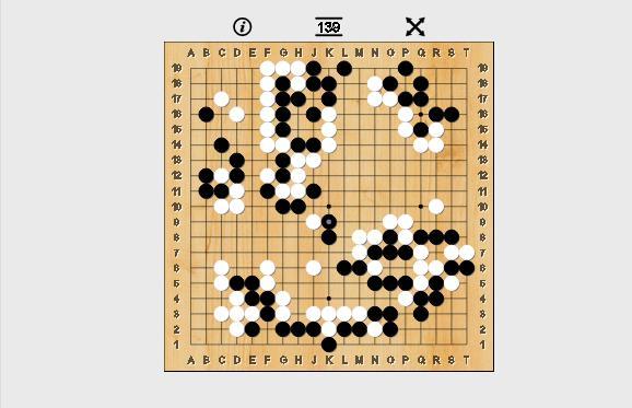 Lee Sedol tưởng như có thể lật ngược bằng những nước đi quan trọng ở khu vực giữa bàn cờ.
