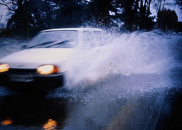 Loại xe ô tô này có thể chạy được trong điều kiện thời tiết mùa đông khắc nghiệt.