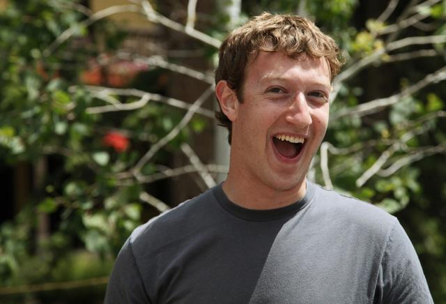 CEO Mark Zuckerberg, Tôi thích nên tôi bấm like.