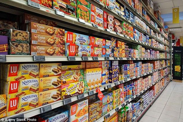 Pháp trở thành quốc gia đầu tiên cấm các siêu thị vứt bỏ ...