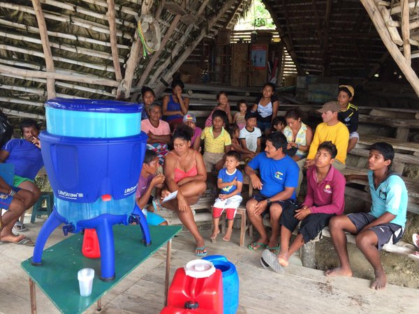 .Máy lọc nước LiieStraw phiên bản lớn hơn, cung cấp được nhiều nước hơn cho những khu vực khan hiếm do thiên tai