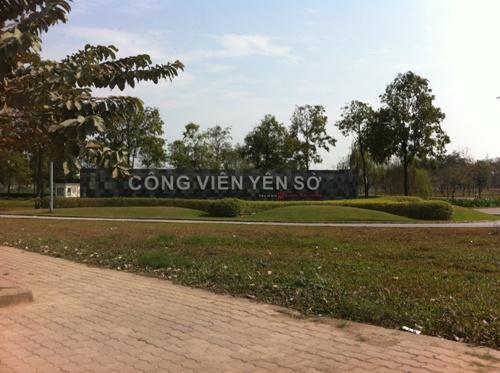 Khu vực công viên Yên Sở cách khu chung cư khoảng hơn 1 km