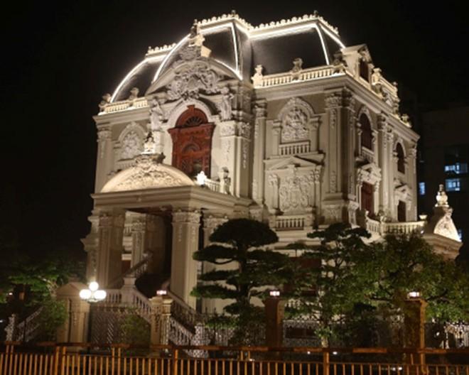 Lâu đài Tổng Hải Sơn của đại gia ở Hà Nam