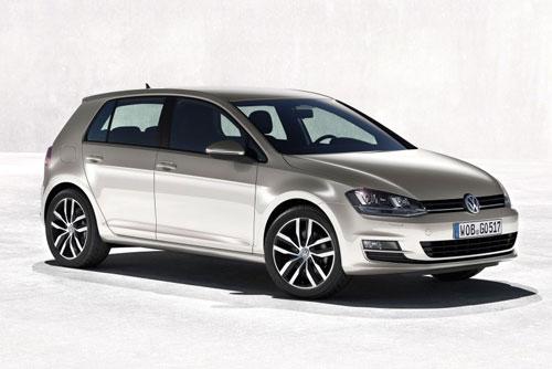 3. Volkswagen Golf (1974-nay, doanh số: 27,5 triệu chiếc).