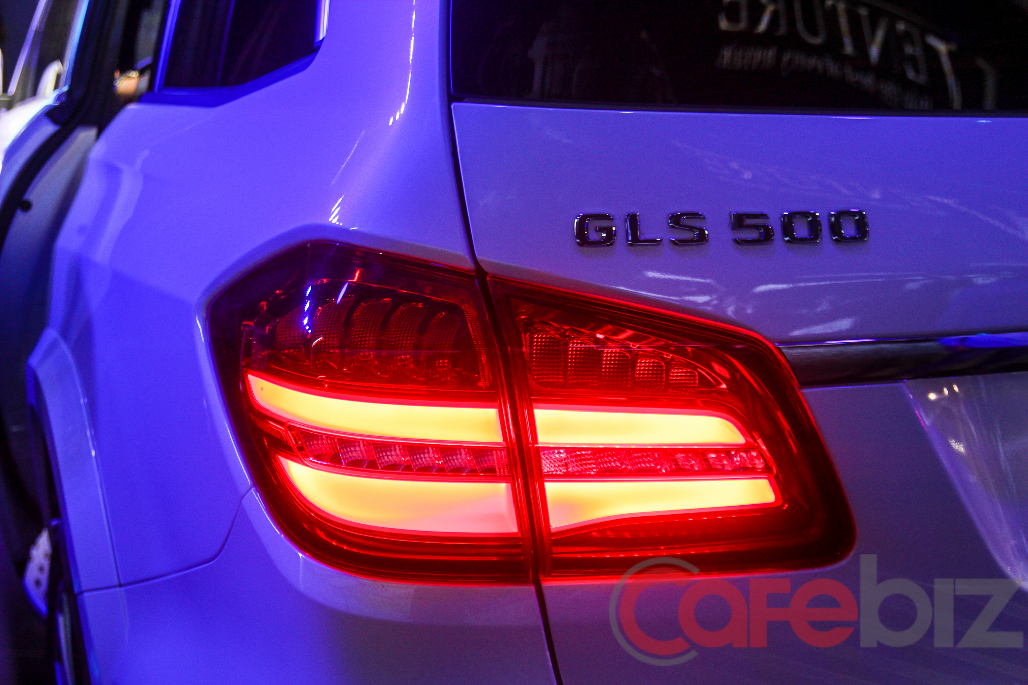 Kiểu đèn hậu LED cũng khá đặc trưng của Mercedes-Benz thời gian gần đây.