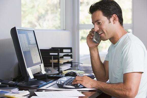 Làm việc tại nhà mang lại khả năng kiểm soát thời gian tốt hơn so với làm việc trên văn phòng.