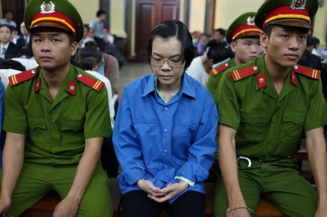 Bắt đầu 17 ngày xử phúc thẩm Huyền Như và đồng phạm (1)