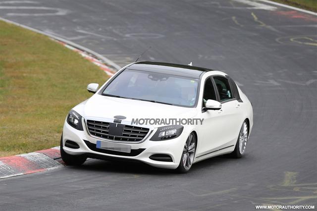 Phiên bản thử nghiệm của sản phẩmMercedes-Maybach S600 (Ảnh: Motor Authority)