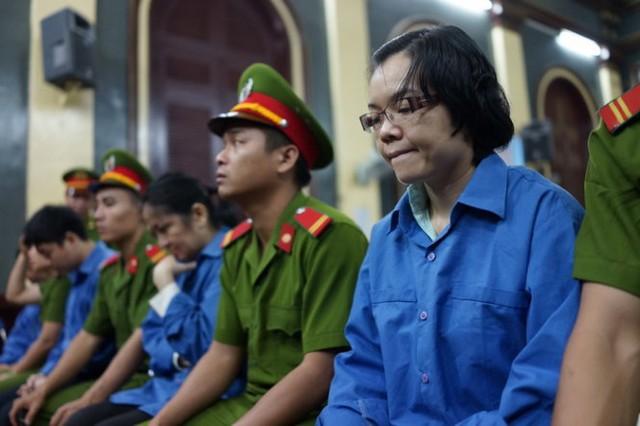 Bắt đầu 17 ngày xử phúc thẩm Huyền Như và đồng phạm (3)