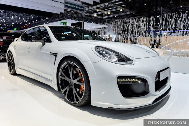 shutterstock_Porsche Panamera