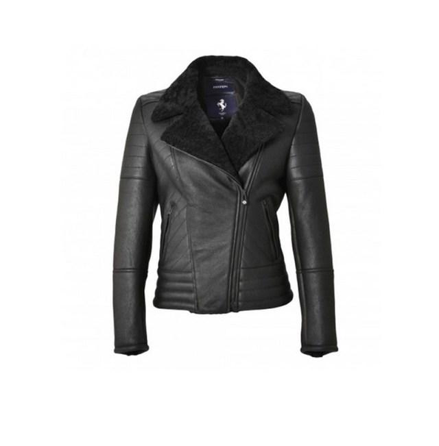 Áo khoác nữ Ferrari biker jacket giá 2.450 USD.