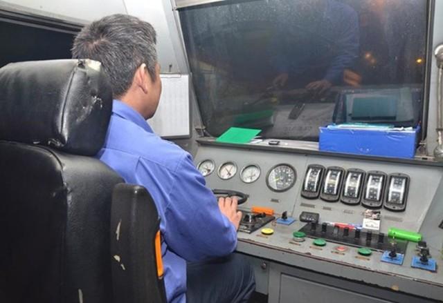 Sau hơn 4 tháng thi công, nâng cấp cải tạo toa xe thế hệ 2 thuộc ram tàu SE3/4, Cty TNHH một thành viên Đường sắt Sài Gòn đã đưa tàu hỏa chất lượng