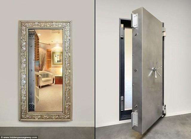 Chiếc gương này không thể phản chiếu hết mọi bí mật vì đằng sau nó còn cất giấu một hầm ngầm bí mật lớn hơn nó rất nhiều.