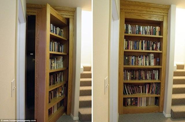Hằng ngày mọi người có thể đi qua chiếc tủ sách này nhưng không ai biết đằng sau những hàng sách là lối vào căn hầm ngầm.