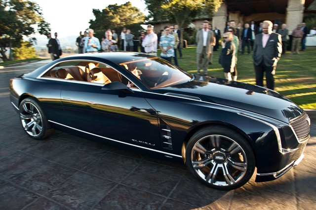 cadillac-elmiraj-concept-reveal-in-motion