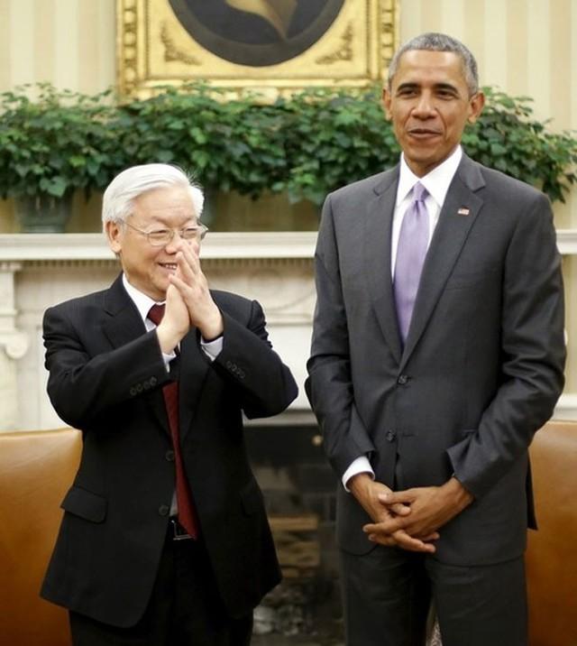 Tổng bí thư Nguyễn Phú Trọng và Tổng thống Obama cùng bày tỏ tin tưởng, lạc quan về triển vọng của quan hệ Việt - Mỹ trong thời gian tới. Hai bên đã trao đổi và nhất trí về các định hướng lớn nhằm phát triển quan hệ song phương, làm sâu sắc và phong phú thêm quan hệ đối tác toàn diện trong thời gian tới - Ảnh: Reuters.