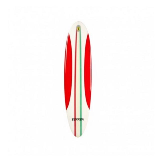 Ván lướt sóng Ferrari với giá 1.700 USD.