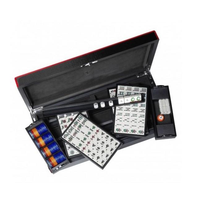 Bộ trò chơi Ferrari Mahjong có giá bán 2.050 USD.