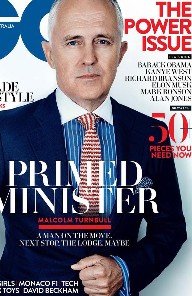 """<br>Ở Australia, Turnbull luôn thể hiện hình ảnh một chính trị gia tự tin, quyết đoán. Xuất hiện trên tạp chí GQ Australia cách đây ít lâu, Turnbull phát biểu: """"Thực lòng mà nói, điều này rất đơn giản: tôi thức dậy và tôi là chính tôi. Cho dù mọi người thấy tôi thuyết phục hay không, thì tùy ở họ. Tôi tự tin vào chính mình và chưa bao giờ tự hỏi phải thay đổi bản thân thế nào để thu hút mọi người"""".<br><br>Ngày 14/9, ông Malcolm Turnbull trở thành Thủ tướng thứ 29 của Australia sau một cuộc bỏ phiếu bầu lãnh đạo chóng vánh của đảng Tự do. Trong cuộc bỏ phiếu này, Turnbull nhận được 54 phiếu, trong khi Abbott - người giành ghế lãnh đạo đảng Tự do từ Turnbull vào năm 2009 - chỉ nhận được 44 phiếu."""
