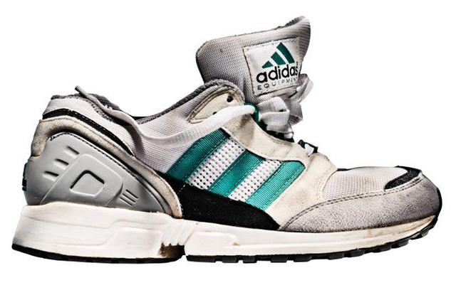 Trong ảnh là đôi giày EQT 1991 thuộc dòng sản phẩm Equipment đầu tiên.