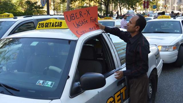 Tại nhiều quốc gia, Uber vẫn luôn bị phản đối mạnh mẽ