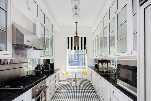 Phòng bếp sang trọng và hiện đại hơn kể từ sau tu sửa vào năm 2011
