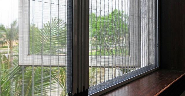 Cửa lưới chống muỗi được nhiều khách hàng quan tâm.