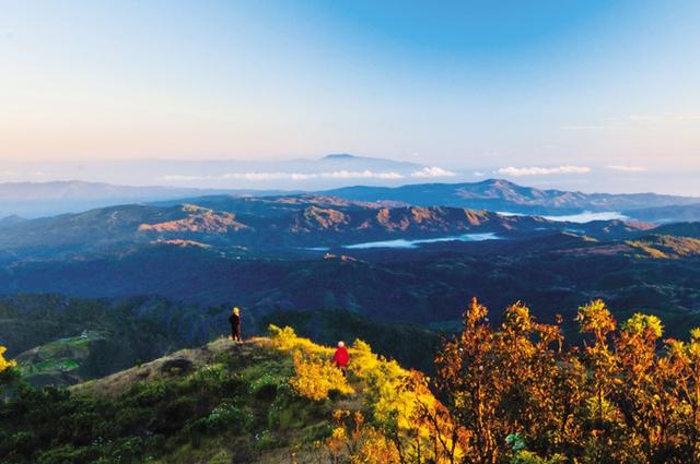Khung cảnh Đông Timor kỳ vĩ nhìn từ đỉnh núi Ramelau