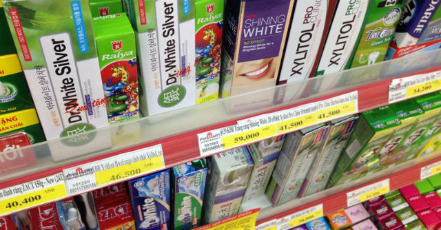 Các mặt hàng tiêu dùng Hàn Quốc, Nhật Bản có mức giá cao hơn so với hàng Việt Nam, Thái Lan