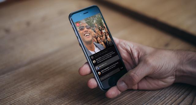 Live, một tính năng mới được giới thiệu của Facebook, giúp người dùng truyền hình trực tiếp các nội dung lên mạng xã hội này.