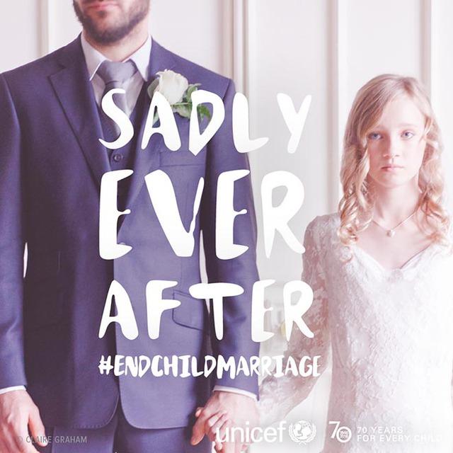 Những câu nói thường được viết trong đám cưới đã đảo ngược hoàn toàn ý nghĩa