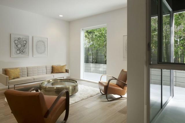 Hiện đại bên ngoài, bên trong mỗi căn hộ đều được chú trọng không gian thiên nhiên để cân bằng cuộc sống.