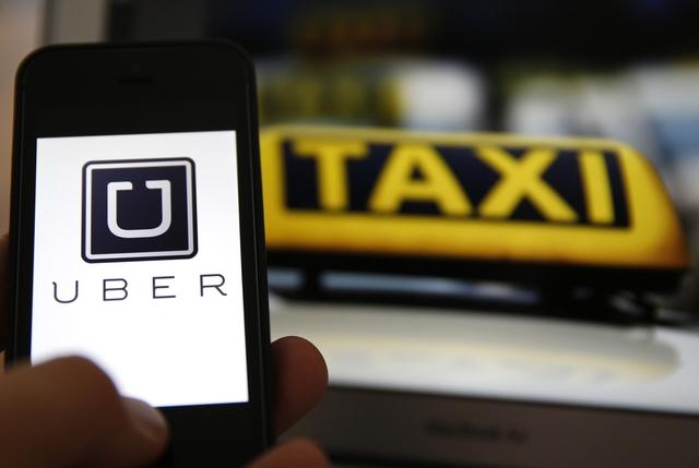 Uber là một hãng công nghệ, nhưng họ đang đe dọa mạnh mẽ nghành taxi truyền thống trên toàn thế giới.