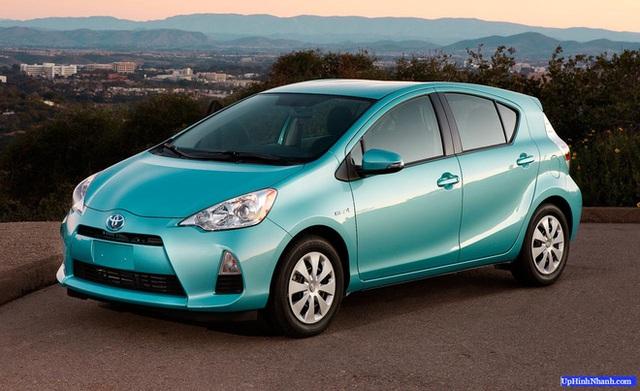 Toyota Prius đạt chuẩn 5 sao an toàn