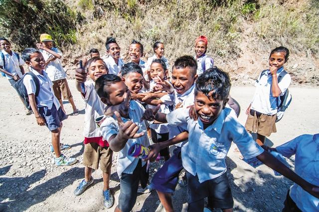 Những đứa trẻ hồn nhiên và thân thiện ở Đông Timor